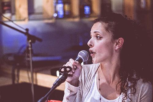 Κατερίνα Αντωνίου - Φωνή